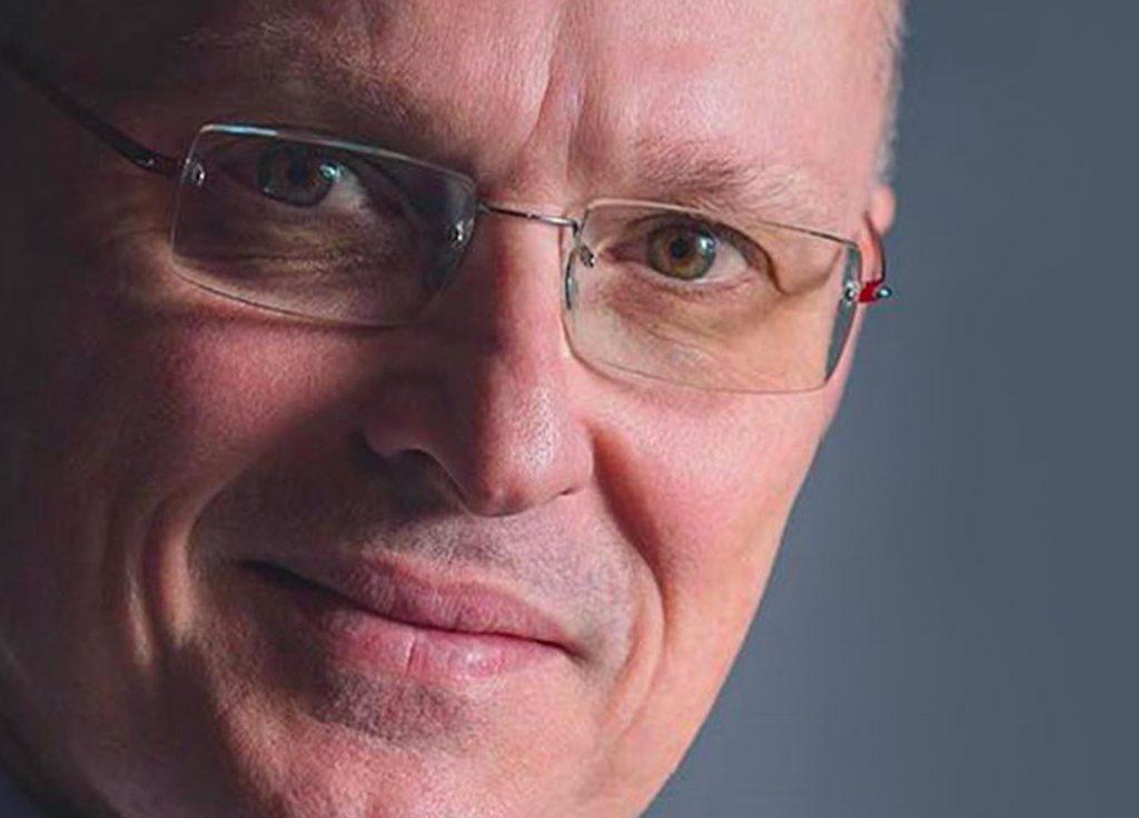 Prof.-Walter-Ricciardix4